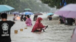 Flood in china kills 300